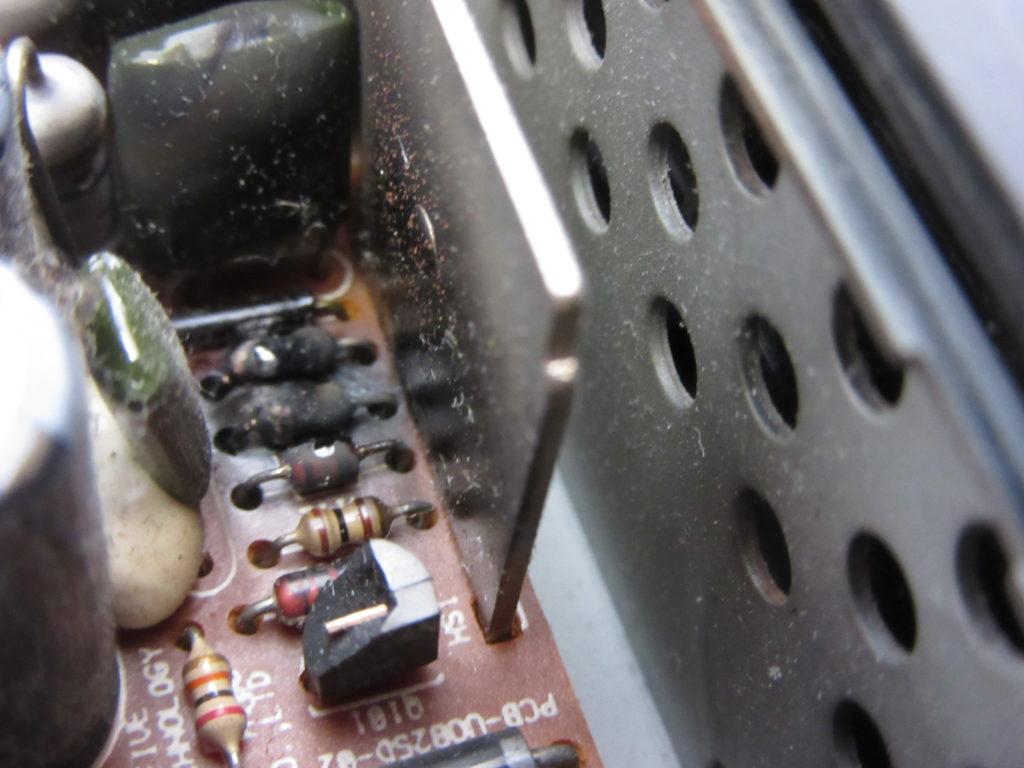BUFFALO Linkstation LS-H500GL 煙が出て電源が入らなくなった